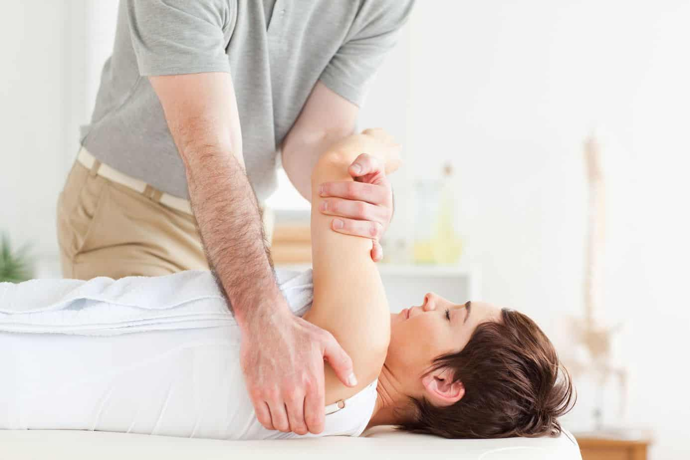 Chiropractic Adjustment Cleveland | Chiropractic Back Manipulation